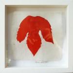 Liliane Camier - Série sur le fil rouge - 2016 - 23 cm x 23 cm - technique mixte sur tarlatane et papier de soie